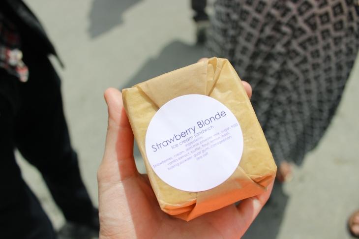 ice cream sandwich package
